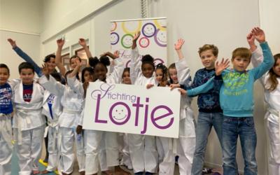 Judomatten voor Koningin Beatrixschool